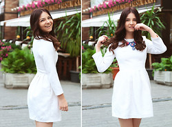 Tania Kourshakova - Topshop Dress, Jewellery Bazar Necklace - LITTLE WHITE DRESS
