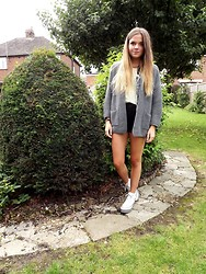 Amy M - Primark Cardigan, Choies Shorts - TOP HEAVY