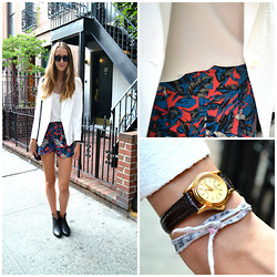 Sophie R. - Topshop Blazer, Urban Outfitters Shorts, Casio Watch, Levi's® Boots, Topshop Top - Chelsea