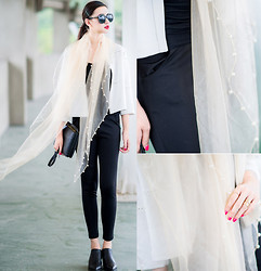 Ladykelly Wang - Mixmoss Scarf, Mixmoss Pants - Touch the wind