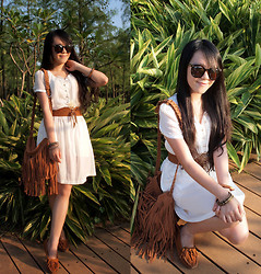 Maggy Hsu - H&M Necklace, Minnetonka Flats - The Finding Autumn Contest on my blog!