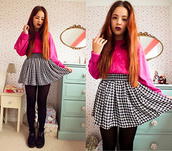 Amelia Breading - Thrifted Jumper, Hearts & Bows Dogtooth Skirt - FUSCHIA