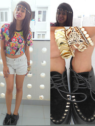 Ritika Khanna - Romwe Crop Top, Gap Shorts, Romwe Creepers - Cropping it up !
