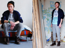 Przemek S. - H&M Beanie, Second Hand Jacket, Redesigned Stories Factory T Shirt, Bershka Pants, H&M Shoes - WE'LL NEVER BE ROYALS