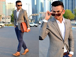 Paul Ramos - H&M Grey Tailored Blazer, H&M White Dress Shirt, American Eagleoutfitters Blue Skinny Jeans, Zara Doublemonk Strap Shoes, H&M Tortoise Shell Sunglasses, American Eagle Outfitters Brown Leather Belt, Splash Fashions Portfolio Murse - REISS A/W Collection Launch