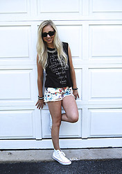 Chloe & Amy - Free People Shorts - I don't know