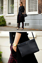 Christine R. - Ray Ban Sunglasses, Topshop Trenchcoat, Céline Bag, Michael Kors Watch, Zara Trousers - Checking in again