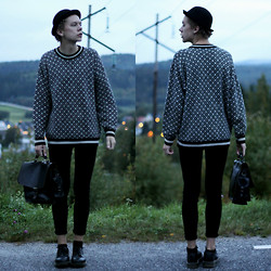 Johannes Karlsson - H&M Hat, Secondhand Sweater, Secondhand Bag, Dr. Martens Shoes - SEPTEMBER