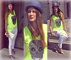 Amina Allam - Freya Outfit, Hat & Clutch, Zara Silver Slippers - Enjoying last days of summer