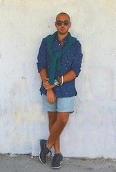 Dario Fattore - Asos Zerouv Sunglasses, H&M Shirt, Zara Sweater, H&M Shorts, Prada Otisopse Shoes - Flags all over me