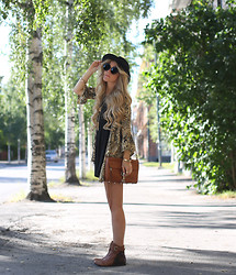 Anna Wiklund - Arnhem Kimono, Kiboots Boho Boots, Rebecca Minkoff Mac Bag - WHERE ARE YOU GOING, WHERE HAVE YOU BEEN?