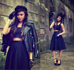 Klaudia Klara - Handmade Skirt, Handmade Top, Gojane Shoes, Second Hand Hat, Second Hand Leather Jacket - I died a hundred times