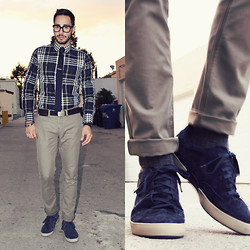 Reinaldo Irizarry - Express Shirt, Forever 21 Tie, Hot Topic Pants, Hot Topic Belt, Tsubo Sneakers, Tom Ford Glasses - BE A LITTLE BLUE