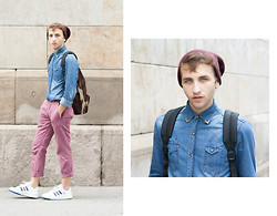 Jorge Barceló - Zara Customized Denim Shirt, Topman Chino Pants, H&M Beanie, Eastpak Camo Backpack, Adidas Sneakers - Back to School
