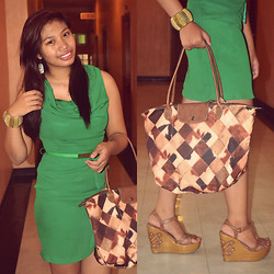 Jamille Añago - Longchamp Bag, Primadonna Wedge, Chaldsplace Dress - Formality