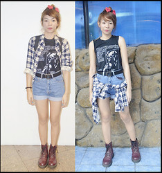 Lady Lou - Vintage Treasures Diy Hair Bow, Splatterclothing Texas Chainsaw Massacre, Playboy Denim High Waisted Shorts, Dr. Martens Cherry Red Boots Dms, Plaid - HW