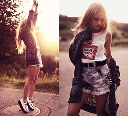Jessica Christ - Vesst Tee, Sinstar Studded Shorts, Bank Fashion Cardigan, Chic Wish Creepers - Love potion