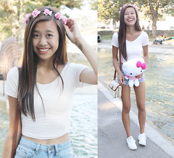 Megan H - Flower Crown, Brandy Melville Usa Crop Top, Urban Outfitters High Waisted Shorts, Converse White, J. Crew Crossbody - Flower girl