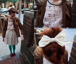 Petite Mädchen - Anthropologie Brown Jacket, Target Kitty Cat Dress, Angelic Pretty Velvet And Bow With Pearls, American Apparel Turquoise Tights, Target Burgundy Oxfords - Romeow