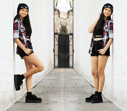 "Pamela + Dami - Frontrowshop ""Bad Hair Day"" Beanie, Frontrowshop Black Crop Top, Love Black High Waisted Shorts, Vintage Checked Blouse, Ebay Black Creepers - Bad Hair Day"