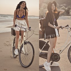 Elle-May Leckenby - Malibu Blue Triangl Swimwear, Choies Black Felt Hat, White Fringed Platform Sneakers, Frontrowshop Composite Fabric Shorts, Black Tassel Kimono - Going for a sunset swim