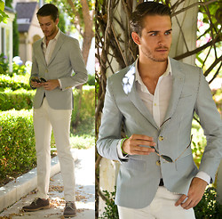 Adam Gallagher - Similar Here  > Blazer, White Shirt, Aviators, White Jeans, Oxfords - #Gallatakescali