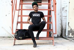 David Billboard . - Vans Tee, Vans Authentic Hi, Adidas Sports Duffle, Snapback - Another One of Those Days