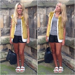 Sophie Henderson - Topshop Gilet, Zara Jacket, H&M Tee, Missguided Leather Shorts, Michael Kors Tote, Birkenstock Sandles - Silk/Lime/Leather