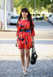 Catarine Martins - Zara Red Dress, Zara White Heels - All about red