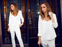 Lisa Olsson - Topshop Suit, Frontrowshop Clutch, Make Up Store Lipstick - All white suit