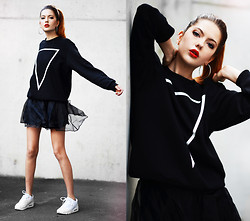 Ebba Zingmark - Endless Maze Sweater, Sheinside Organza Skirt, Nike Sneakers, Cubus Hoops - AN ENDLESS MAZE