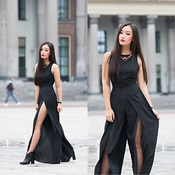 Levi Nguyen - Luvaj Necklace, Love Jumpsuit - SIDE EFFECTS