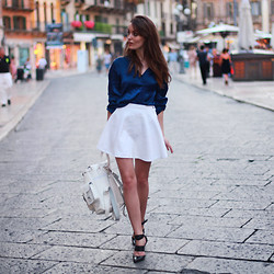 Anouska Proetta Brandon - Intimissimi Silk Blouse, Grafea Leather Rucksack, American Apparel Skirt, Sigerson Morrison Heels - Evening in Verona.