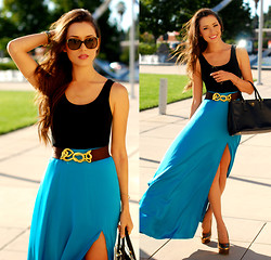 Jessica R. - That Famous Look Teal Maxi, Prada Havana Sunnies, Tidepoollove Golden Wish Pyrite Necklace - Sky Blue