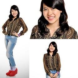 Syuri Khodijah Nurjanah - Casio Baby G, Ada Fashion Blue Jeans, Pattern Shirt - Never Getting Bored Pattern