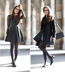 Olympia C - Love Green And Lace Dress, Paul Green Chelsea Boots, Forever 21 Bag, Zara Coat - Emerald