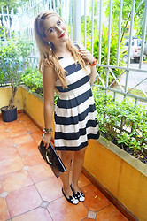 Marie McGrath - Forever 21 Black & White Dress, Rue 21 Dog Flats, Asos Black Clutch, Lolly Watches Red Watch - Black & White striped dress