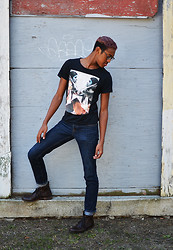 Joshua McLeod - Zara Man T, Hollister Denim, Kenneth Cole Boots - Reckless