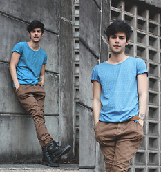 Vini Uehara - Saint Matthias T Shirt - Blue and gray