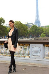 Manon Whichclothestoday - Asos Dress, Maje Perfecto, Chanel Bag, Isabel Marant Boots - AFTER - CHANEL - FASHION SHOW