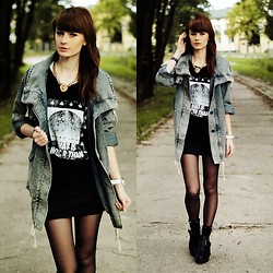 Katarzyna Konderak - Denim Coat, T Shirt, Boots, Socks - Denim coat