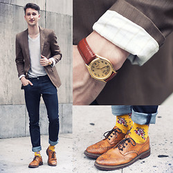 Marcel Floruss - Armani Exchange Raw Denim Jeans, Richer Poorer Socks, Buffalo Jeans Shirt, Casio Watch, Aldo Shoes, Zara Blazer - Yellow Flower Power