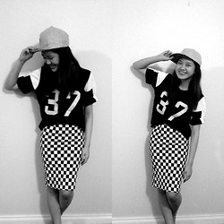 Sue Chung - Checker Pencil Skirt, Hater Snapback Cap, Baseball Shirt - Very monochrome