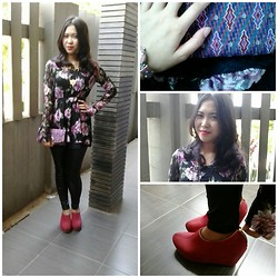 Syuri Khodijah Nurjanah - Flowery Dress, Batik Clutch, Red Shoes - Go flower go!
