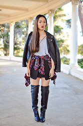 Susan Nguyen - H&M Over The Knee Boots - Still