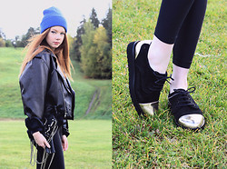Filippa Smeds - Mus&Roew Shoes, Weekday Jacket, American Apparel Beanie, Alexander Wang Bag - '89
