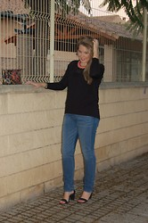 Virginia Yagüe - Zara Shirt, Levi's® Jeans, Zara Shoes - Basic Look
