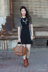 Samantha S - Warehouse, Oscar De La Renta Necklace, Céline Celine Trapeze Bag, Givenchy Bootie - Girls Night Out