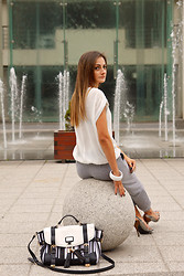 Katarzyna Tarach - Niren Shirt, Funk'n'soul Pants, River Island Bag, Guess? Sandals - Sporty Elegance