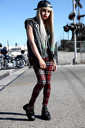LUNA LOVEBAD - Sinstar Clothing Tartan Legging, Opium Pr Coltrane Inspired Boots - EYES SET HIGH, HEART SETS LOW